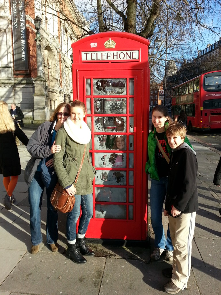 Gotta love these phone booths. If you look closely, you can see Abby and Elise's faces in the window